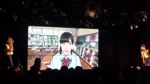 会場のメインモニターと同じ映像をメンバーが体験! 仙石みなみさんの演技に会場もメンバーも大きな歓声を上げる場面もあった。